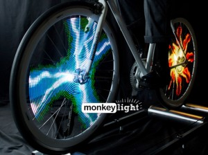 Monkey Light Pro, la bicicleta LED con ruedas animadas